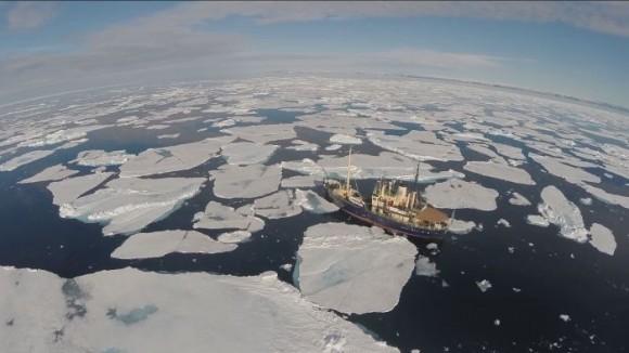 Vista aérea de la Antártida captada desde un dron