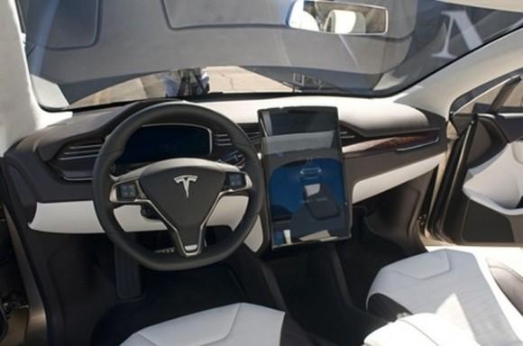 Interior de uno de los modelos de Tesla Motors