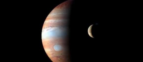 09 Io en transito por Jupiter