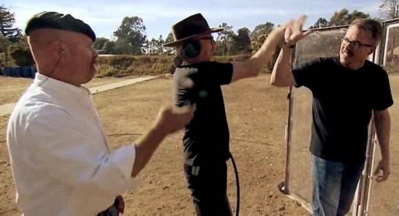 MythBusters probando la escena final de Breaking Bad