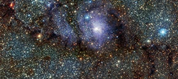 Nebulosa de la Laguna M8 (NGC 6523) en infrarrojo