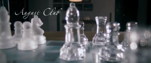 August Club (2013) película basada en la afición al ajedrez de Marottichal
